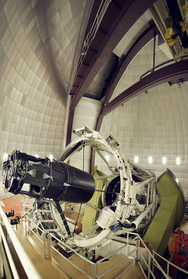 Anglo-Australian Telescope (AAT) is a 3.9 m equatorially mounted telescope operated by the Australian Astronomical Observatory and situated at the Siding Spring Observatory Australia.jpg